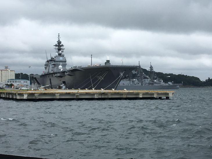 いずも型護衛艦2.jpg