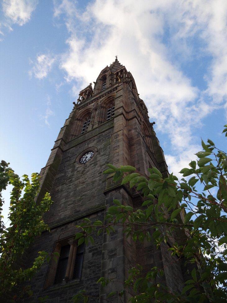 教会の尖塔.jpg